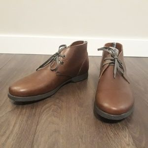 Men's Brown Leather Salvatore Ferragamo Chukka